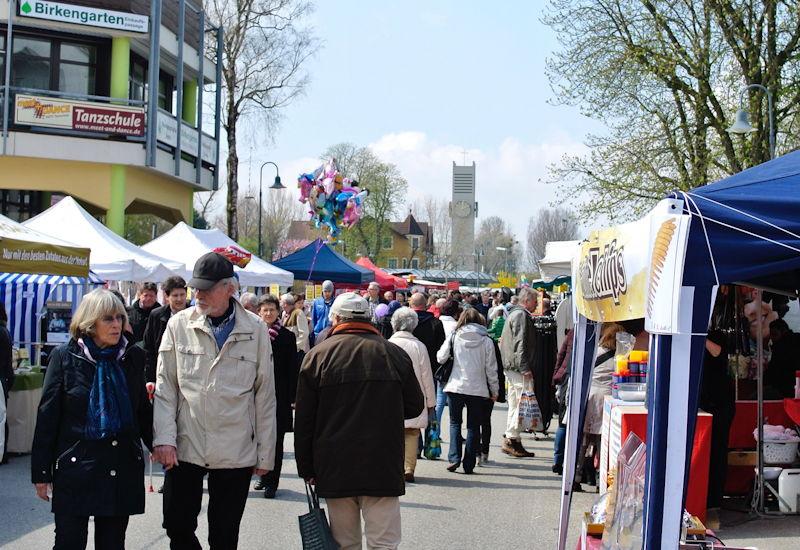 Bestes Wetter auf dem Puchheimer Marktsonntag. Foto: Puchheimer Stadtportal