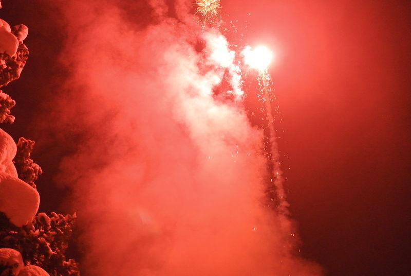 Puchheim feiert sich mit viel Feuerwerk ins Jahr 2015. Foto: Stadtportal