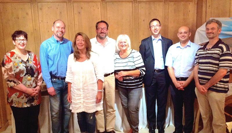 v. links n. rechts: Bärbel Kober, Markus Limbacher, Petra Schubert, Werner K. Ostheimer, Irmgard Kargl, Martin Reinhart, Farbod Fateminejad, Georg Meyer. Foto: Uwe Jennerwein