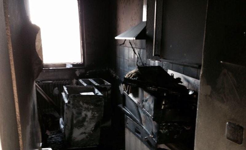 Die völlig zerstörte Küche nach dem Brand  Foto: G. A.