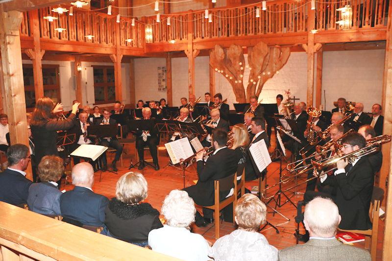 Der Posaunenchor spielt in der Evang. Auferstehungskirche. Foto: Günther Dietrich