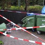 "Abgebrannter Papiercontainer am Aubinger Weg. Foto: M. Limbacher"""