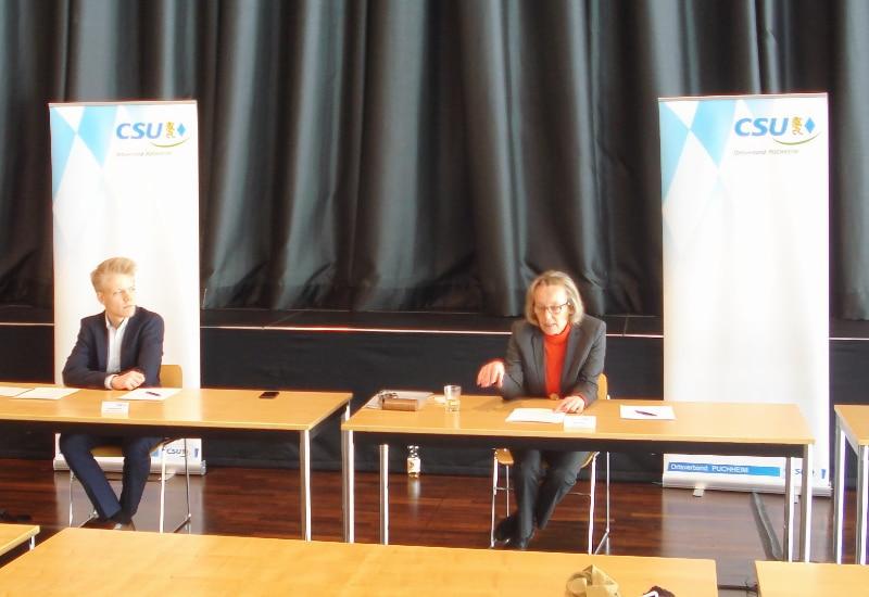 Pressekonferenz der CSU Puchheim zur Geldanlage der Stadt Puchheim bei der insolventen Greensil Bank