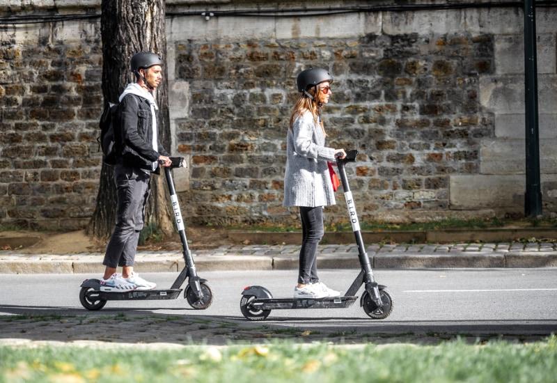 30 E-Scooter können in Puchheim ausgeliehen werden.