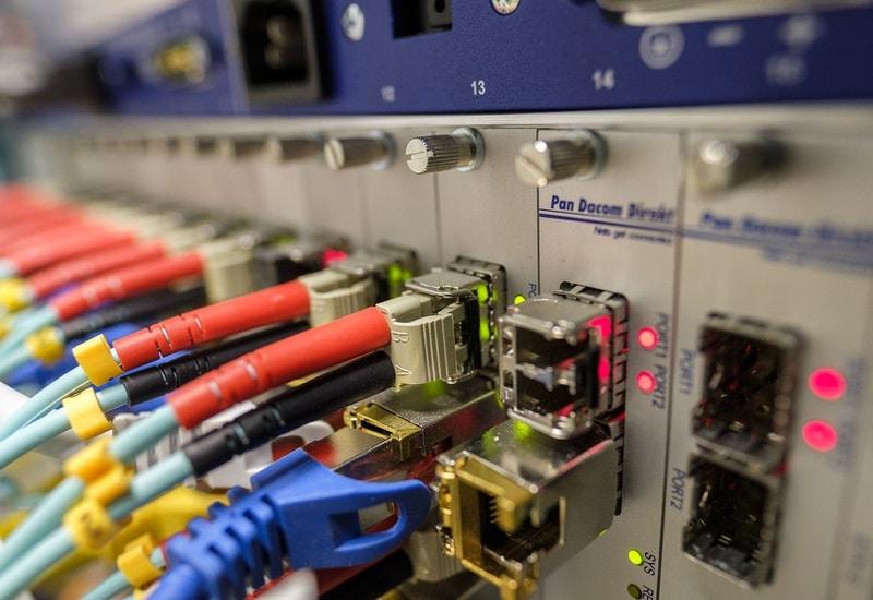 Schulen und Rathaus sollen schnelles Internet per Glasfaser bekommen