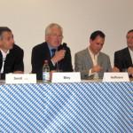Jeweils außen sitzend: Die Kandidaten Harald Heitmeier (CSU), Norbert Seidl (SPD) sowie Dr. Manfred Sengl (DIE GRÜNEN) und Wolfgang Wuschig (UBP), Foto: M. Limbacher