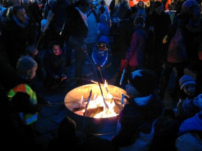 """""""Puchheimer Feuer"""" am Alos-Harbeck-Platz. Foto: Feuerwehr"""