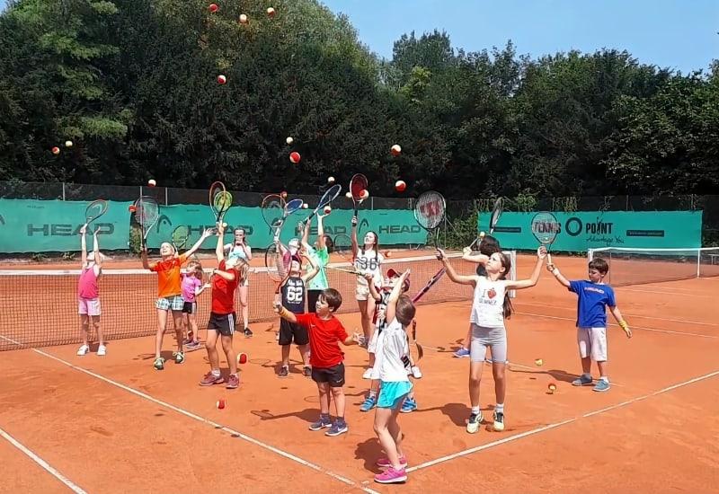In Kürze beginnen wieder die Feriencamps der Tennisschule des TC Puchheim