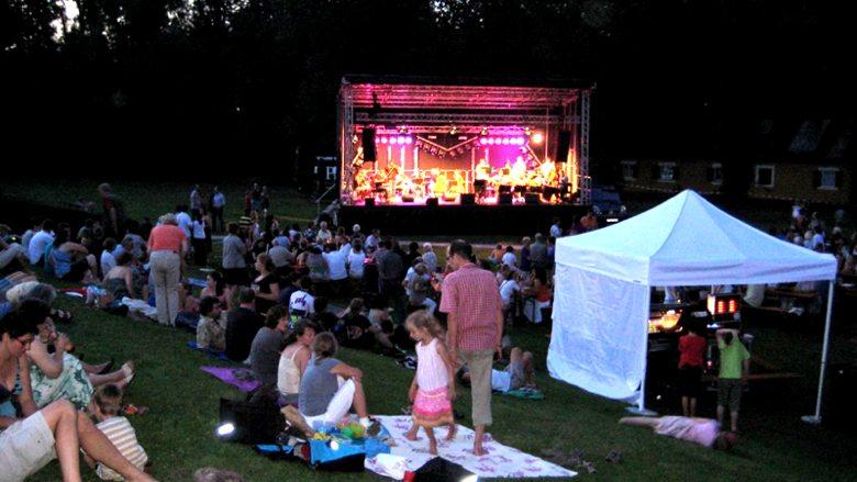 Puchheimer Stadtfest: gute Stimmung am Freitagabend. Foto: M. Limbacher