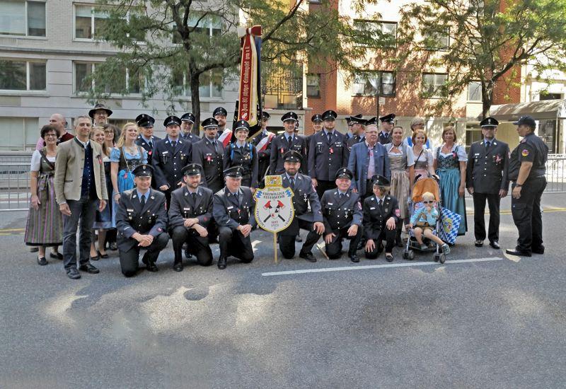 Freiwillige Feuerwehr Puchheim Bahnhof nahm an Steuben-Parade in New York teil