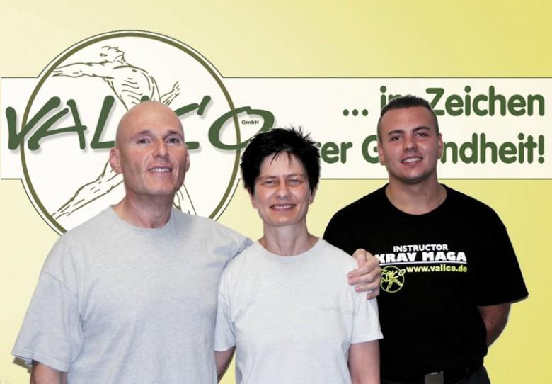 v.l.n.r.: Markus Reichmann, Conny Reichmann und Benny Langmayr (Krav Maga Instructor bei VALICO) freuen sich auf Ihren Besuch. Foto: artsnact